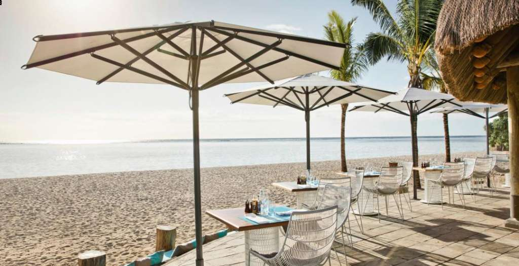 Le Morne Beach Bar