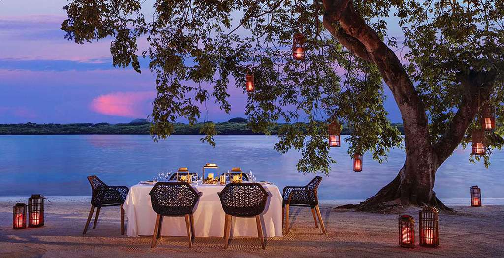Private dining under the stars