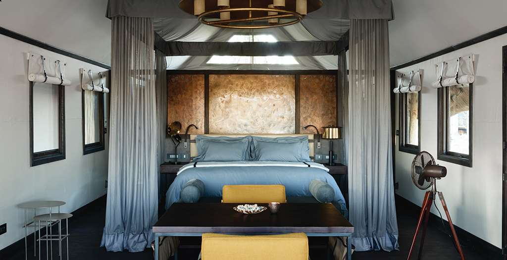 Oversized bed with views of the plains