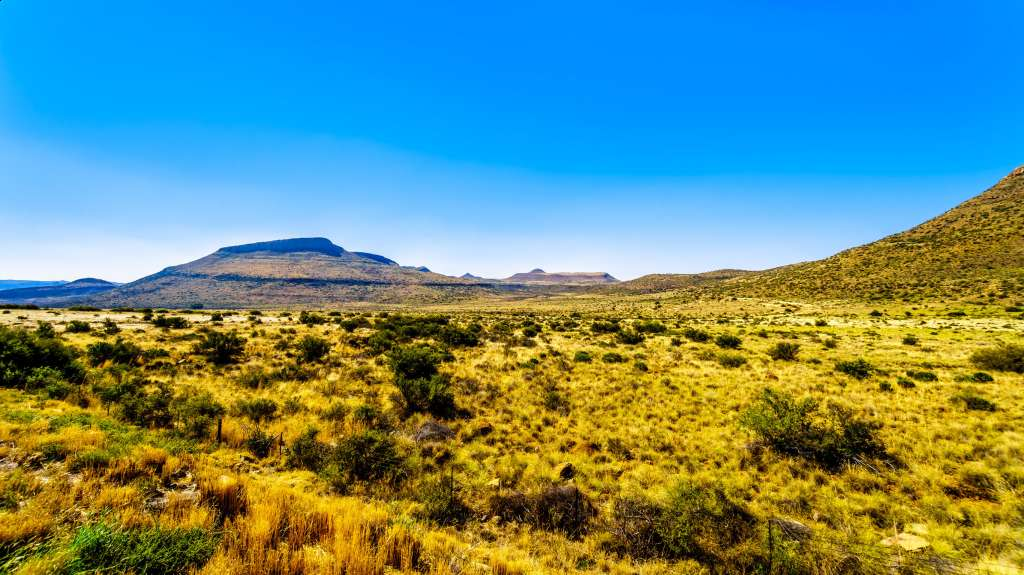 Enjoy the scenery of The Great Karoo